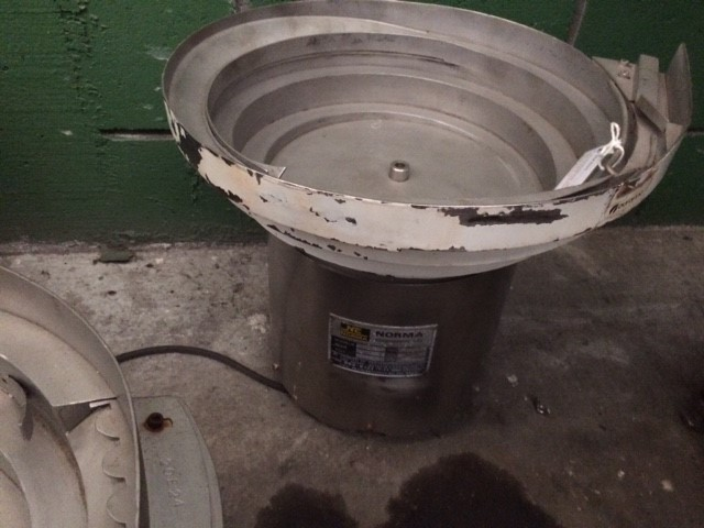 Alimentador de tampa vibratorio Ø 400 mm.