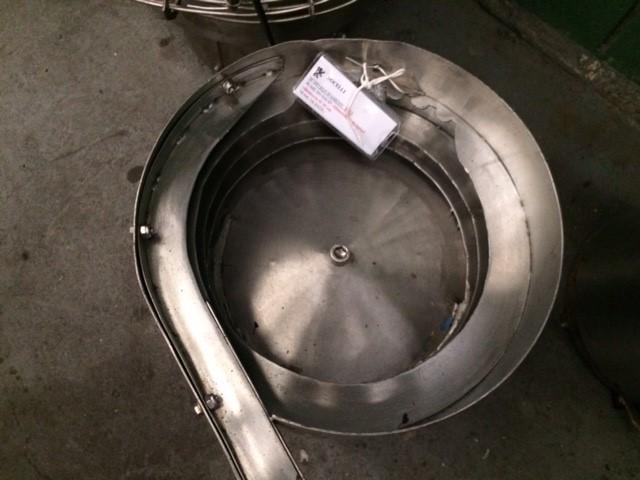 Alimentador de tampa vibratório Ø 300 mm. - 2