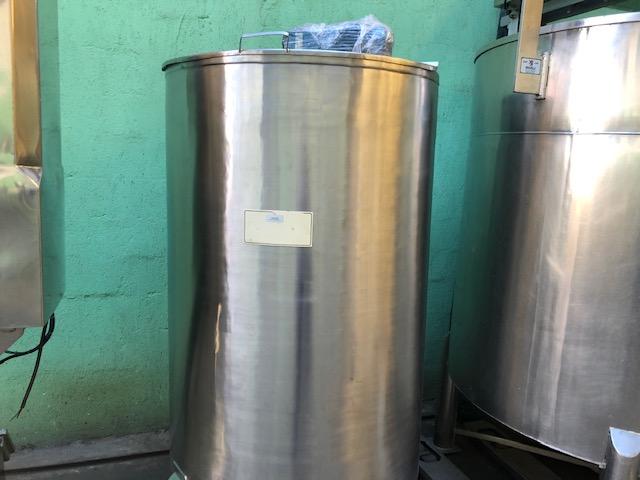 Tanque misturador 1000 lts c/ batedor