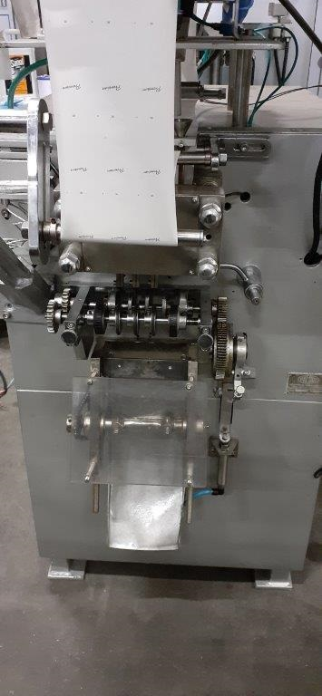 Envasadora  linear de 7 pistões para liquidos. - 3