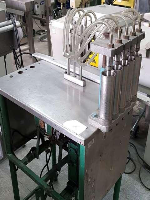 Envasadora 5 pistões linear para liquido 200 ml