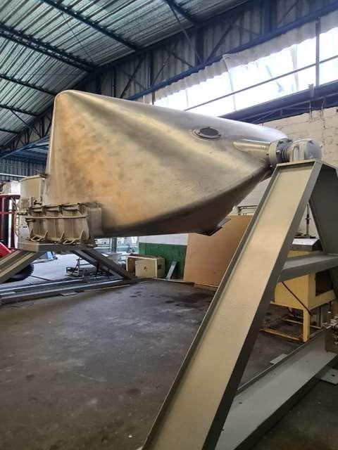 Misturador para pó Duplo Cone 4.000 litros - 10