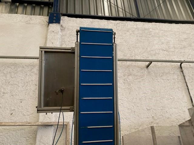 Elevador de tampas 2,70m  - 3