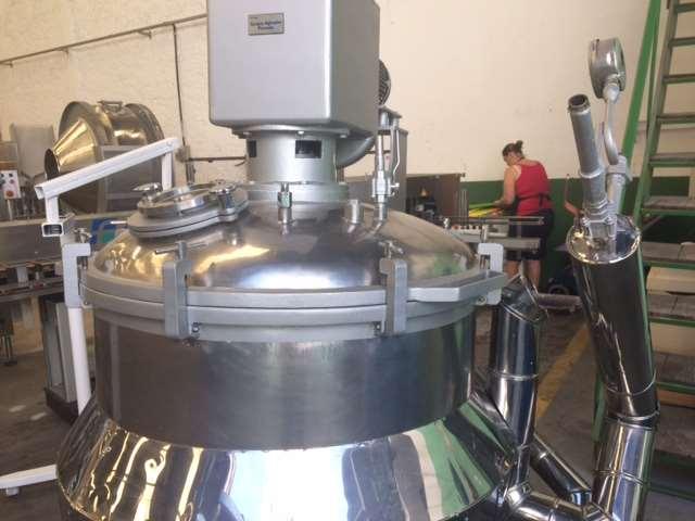 Reator 500 lts com misturador